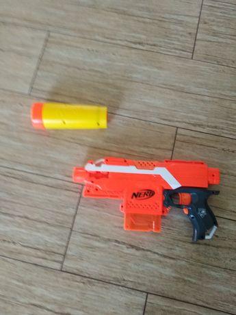 Nerf Elite blaster
