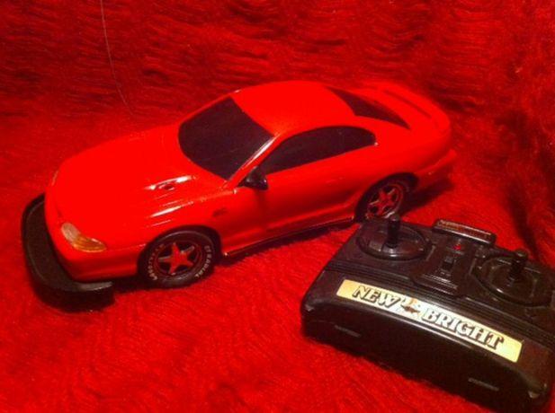 Carro telecomandado Mustang GT