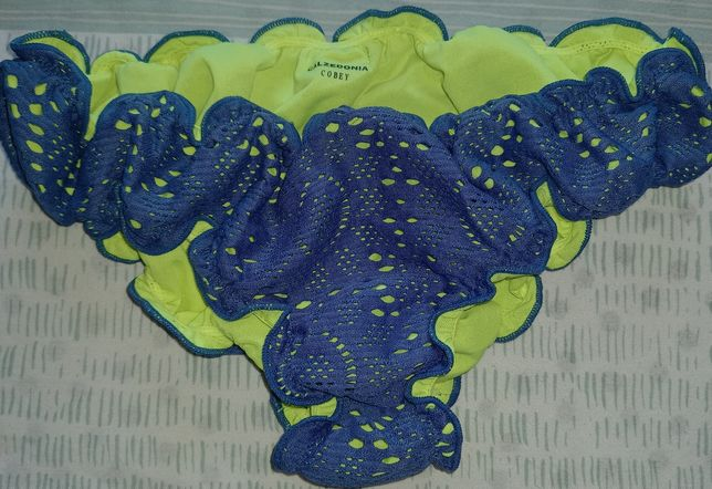 Плавки Calzedonia