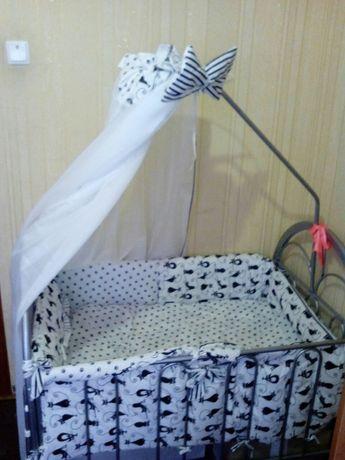 Продам манеж-кровать с люлькой