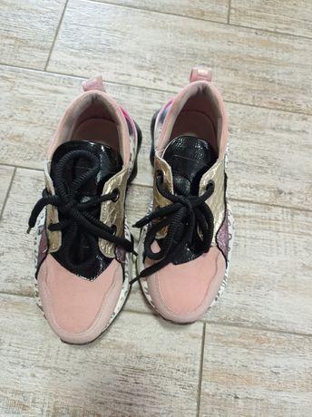 Кросовки женские кросівки жіночі