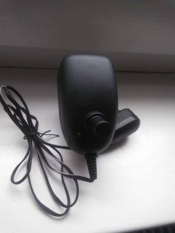 Antenowy zasilacz regulowany