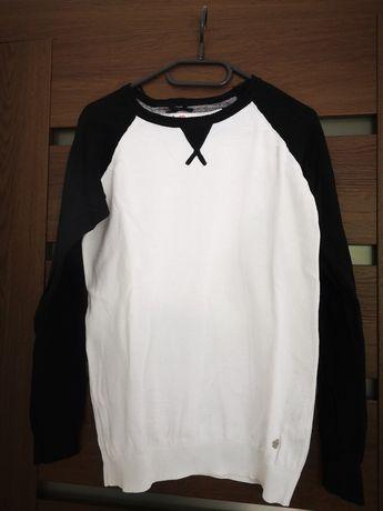 Sweterek biało czarny