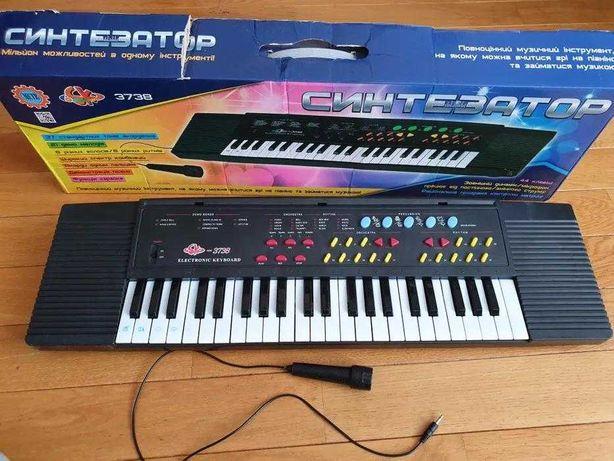Детское пианино синтезатор с микрофоном SK-3738