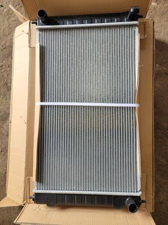 Радиатор охлаждения основной Ниссан альтима 16-18год USA Nissan Altima