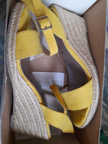 Женские сандали TAMARIS