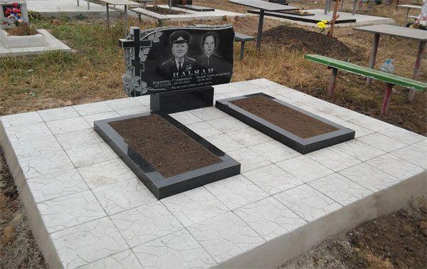 Памятники из гранита, изготовление гранитных памятников. Производитель
