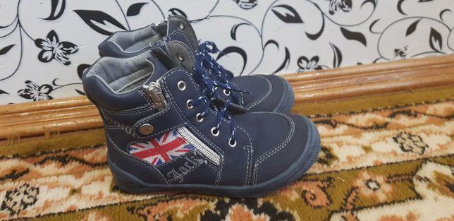 Теплые деми ботинки в отличном состоянии, 16.5 см