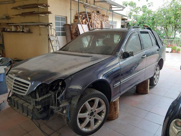 Vendo Peças Mercedes C220 Elegance 2001/2004