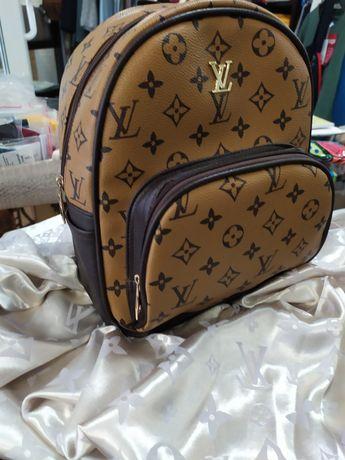Рюкзачок Louis Vuitton новенький