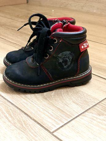 Детские ботинки, ботинки кожаные, кроссовки, продам детские ботинки