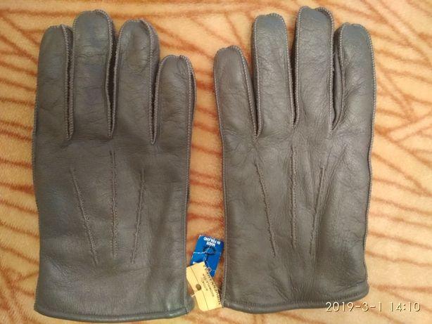 Перчатки кожаные мужские , зимние . Новые . Made in Finland .