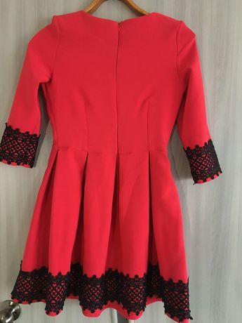 Продам платье,отличное состояние,было одето один раз,разм 42