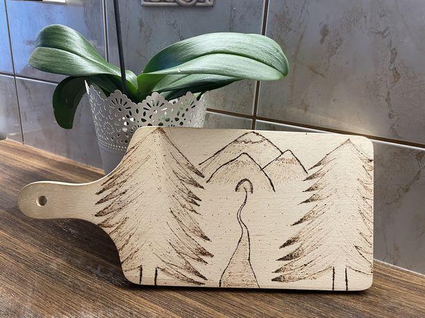 Deska do krojenia drewniana własnoręcznie wykonana ozdobna
