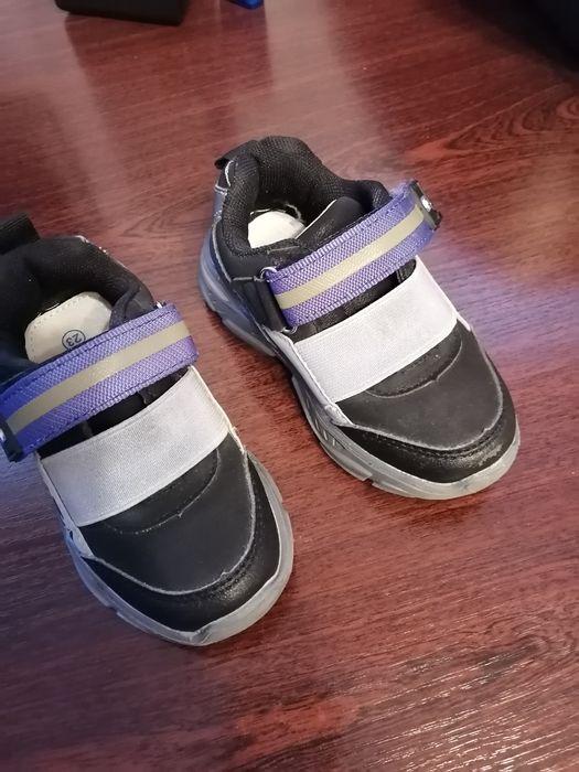 Продам детские кроссовки Северодонецк - изображение 1