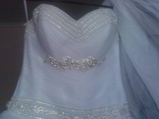 Продам сукню в хорошому стані