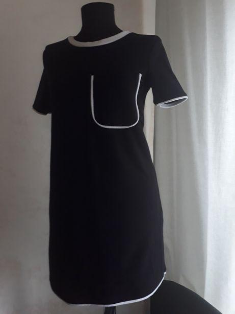 Черное платье школьницы Zara S