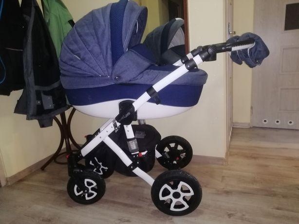 Wózek dziecięcy 3w1 Adamex Barletta z fotelikiem Maxi Cosi Pebble