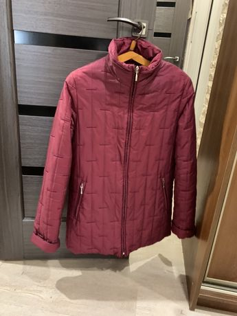 Продам зимний пуховик с мехом, куртку осеннюю