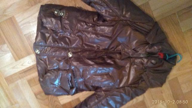 Brązowa ciepła kurtka