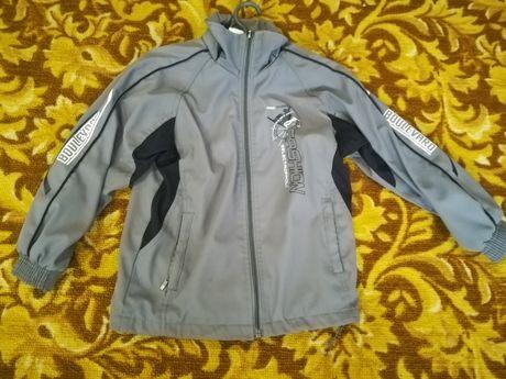 Куртка ветровка на мальчика 6 или 7 лет