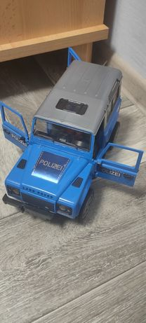 Полицейский джип bruder