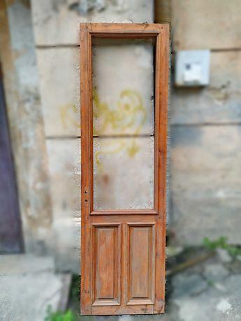 Новая деревянная дверь