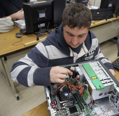Послуги з ремонту та обслуговування комп'ютерної техніки