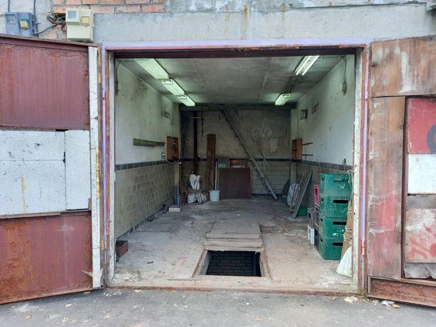 Трёхуровневый капитальный гараж,  пр. Квитневый 1, кооп. Барвинок