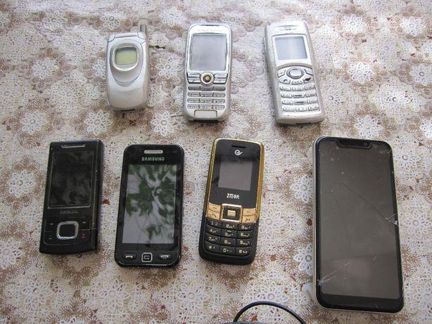 старые мобильные телефоны /смартфон /зарядки для ремонта б/у одним лот
