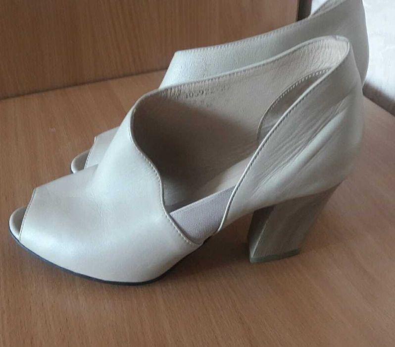 Кожанные туфли 40 размер Белгород-Днестровский - изображение 1