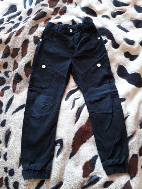 Штани брюки 7-8р внизу на резинці