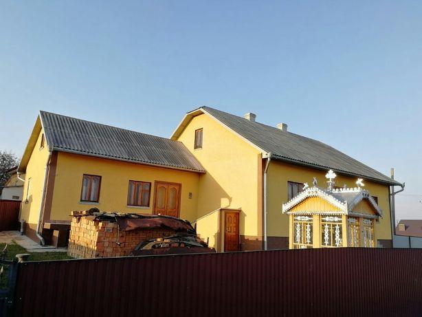 Продам новий будинок під містом біля лісу та траси, в с. Кам'яна