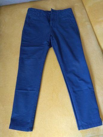 Spodnie chłopięce chia roz 134 reserved