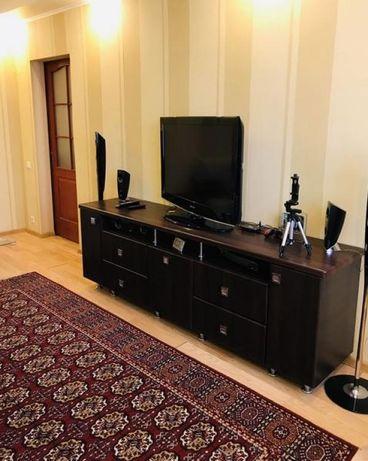 Продам 2 комнатную квартиру на Индустриальном районе.