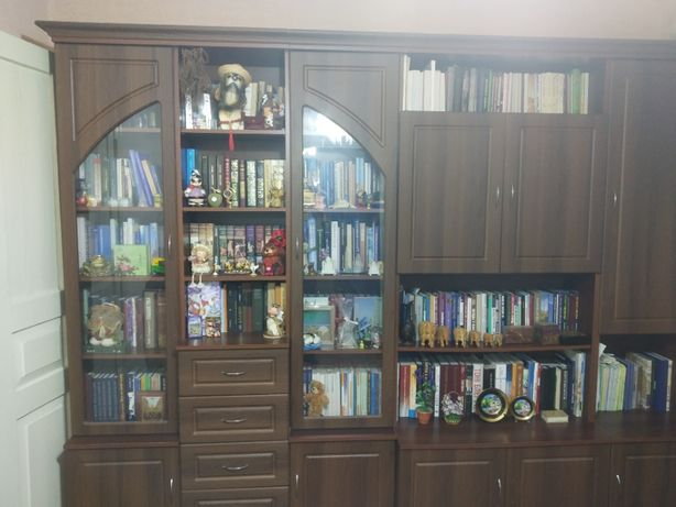 "продам 3-х + 2-х комнатную квартиру в Луганске напротив ""Кристала"""