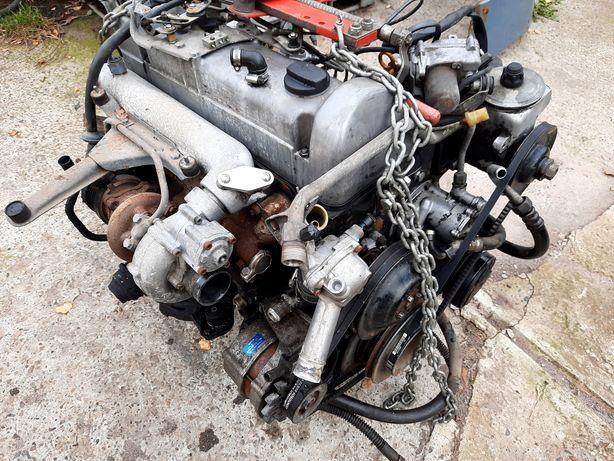 617A 300Turbo silnik 126 Mercedes W123 123