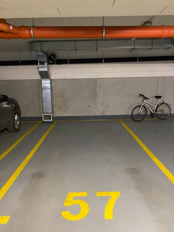 Do wynajęcia miejsce parkingowe przy ulice flisaków 2