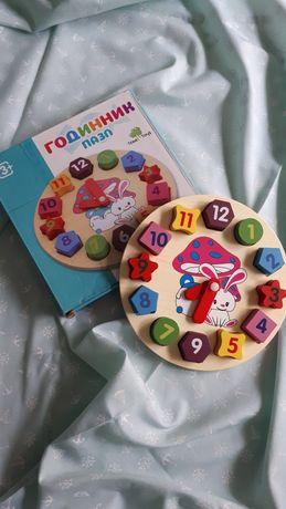 Розвиваюча дерев'яна іграшка (годинник)