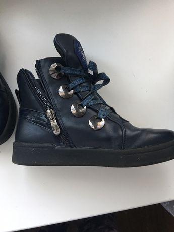 Ботинки для девочки 33 р