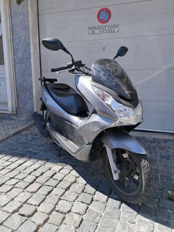 Honda PCX 125cc Cinza
