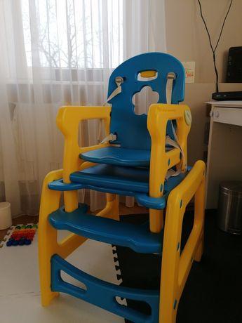 Krzesełko i stoliczek dwa w jednym