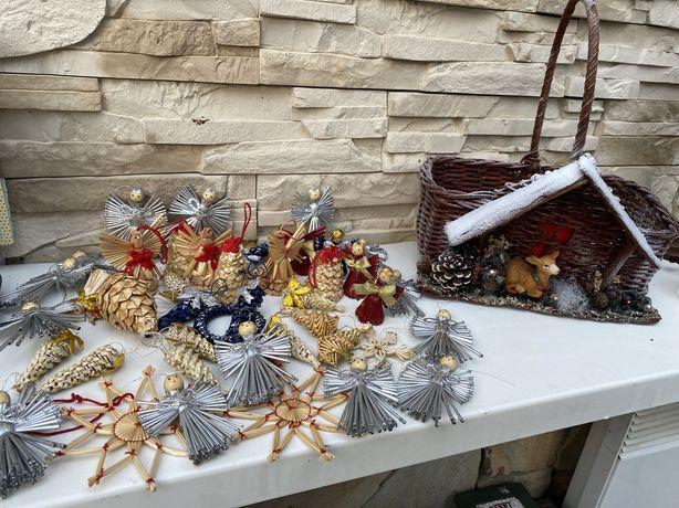 Zawieszki slomiane bombki na choinke koszyk z wikliny Boze Narodzenie