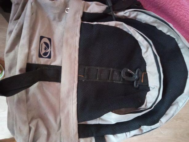 Рюкзак мужской серого цвета
