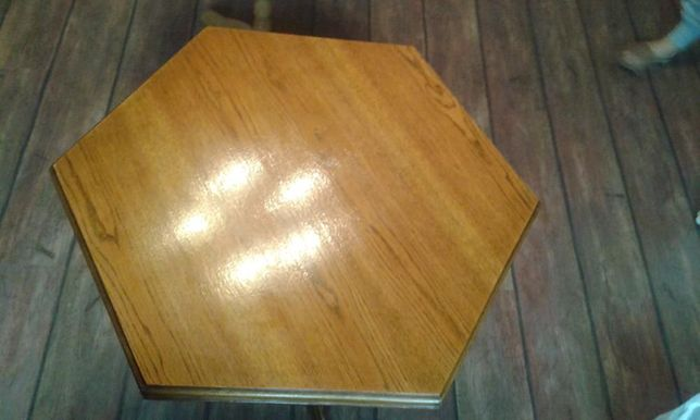 drewniany dębowy stół stolik na nodze - stan bardzo dobry :-)