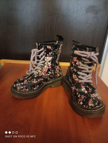 Сапожки на шнурках