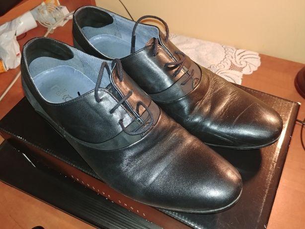 Sprzedam męskie skórzane buty rozmiar 40