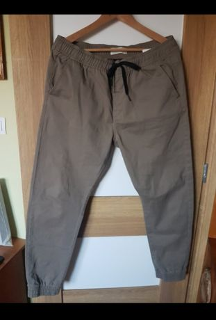 Spodnie męskie Joggery House rozmiar XL