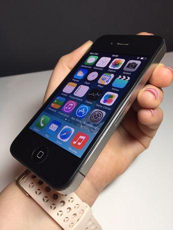 iPhone 4 (stan idealny + ładowarka)