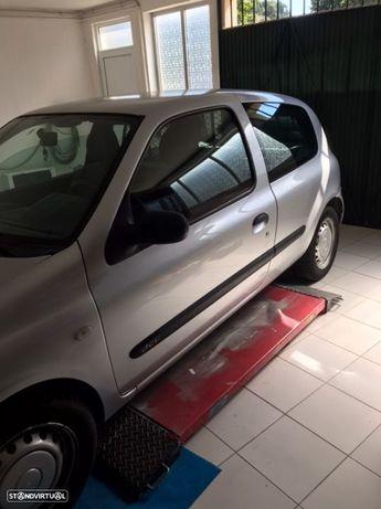 Renault Clio (SBR7EF)
